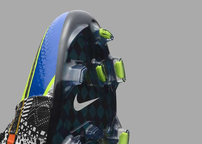chaussures-football-Nike_What_the_Mercurial-8