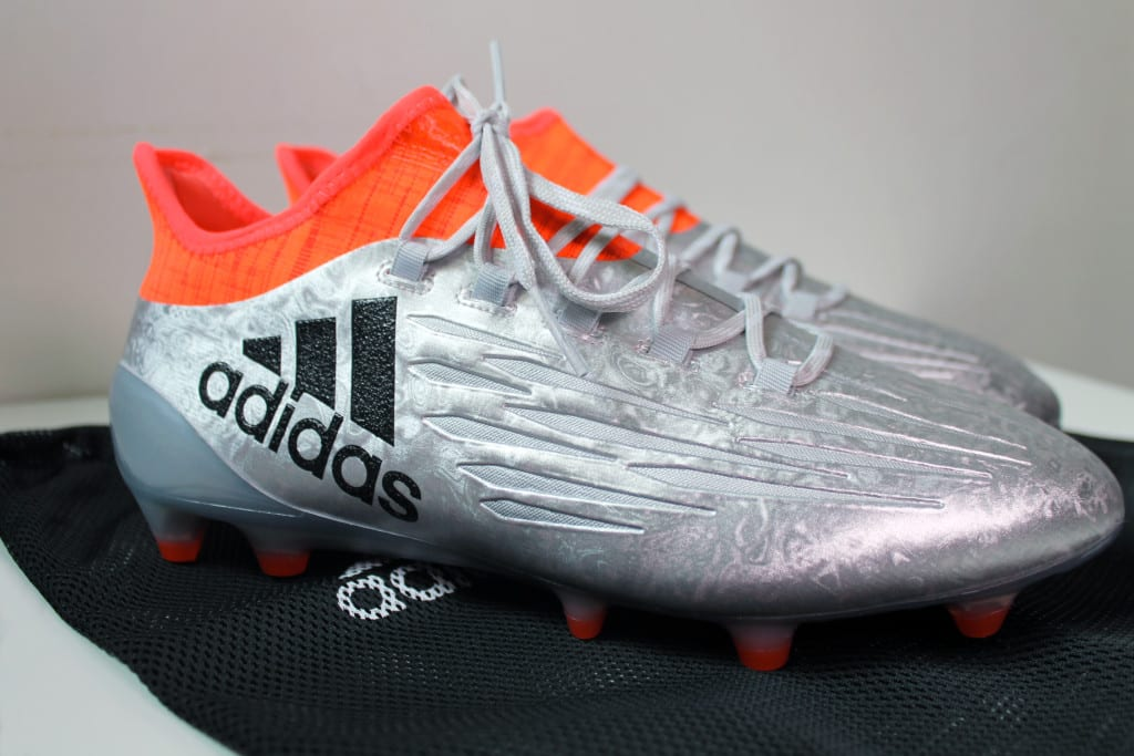chaussures-football-adidasX16-3