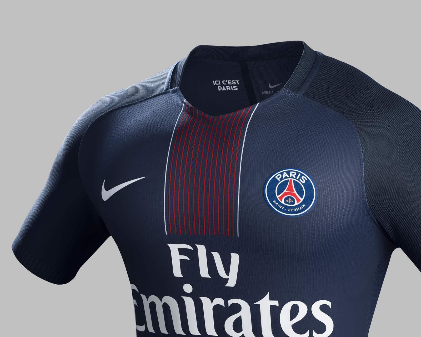 maillot-domicile-paris-saint-germain-psg-2016-2017-nike