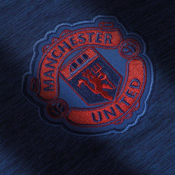 maillot-exterieur-manchester-united-2016-2017-blason
