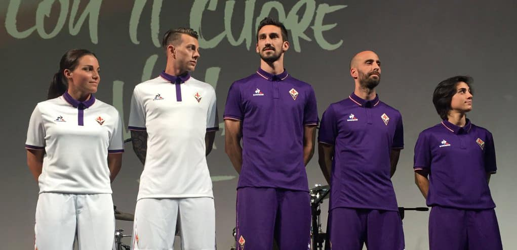 http://www.footpack.fr/wp-content/uploads/2016/05/maillot-fiorentina-2016-2017-le-coq-sportif.jpg
