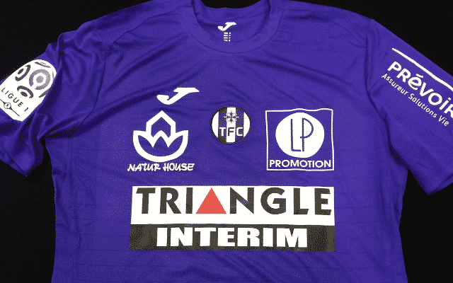 http://www.footpack.fr/wp-content/uploads/2016/05/maillot-toulouse-8.png
