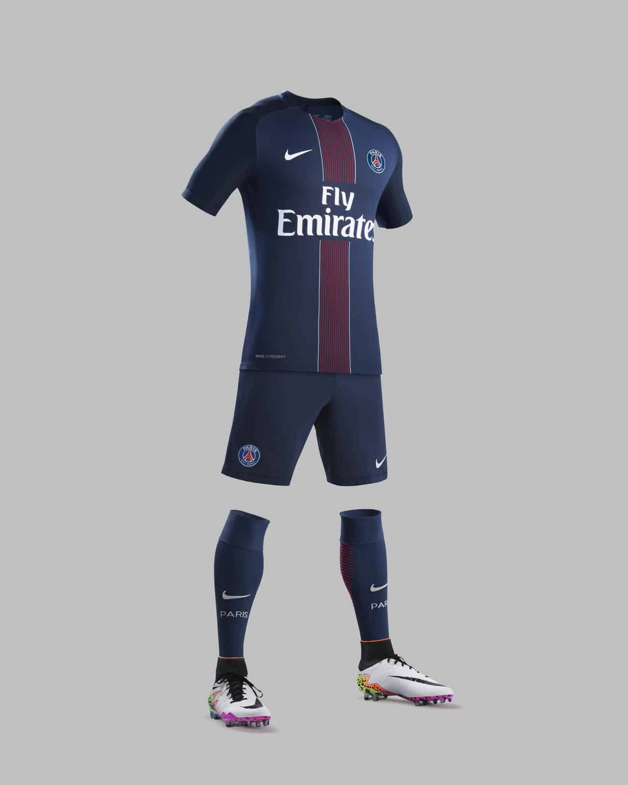 tenue-domicile-paris-saint-germain-psg-2016-2017-nike