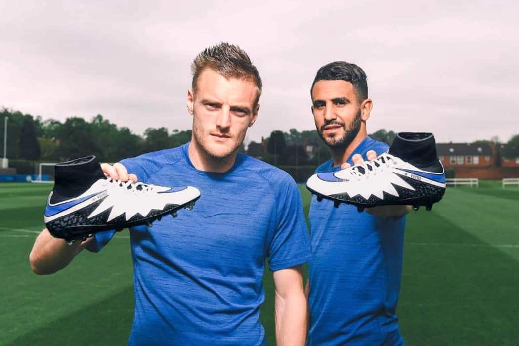http://www.footpack.fr/wp-content/uploads/2016/05/vardy-mahrez-nike-hypervenom-special-boots-1050x700.jpg