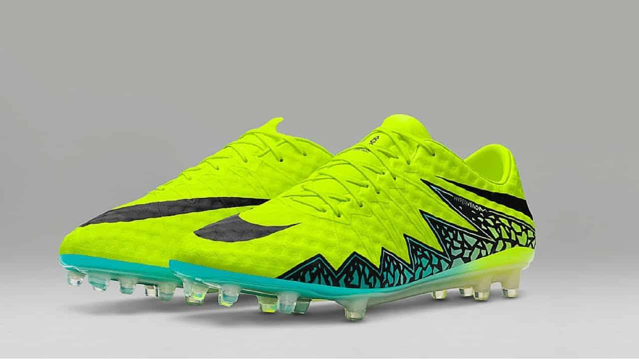 chaussure de foot nike jaune fluo