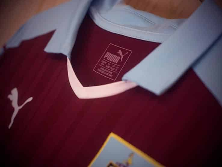 maillot-domicile-burnley-2016-2017-zoom