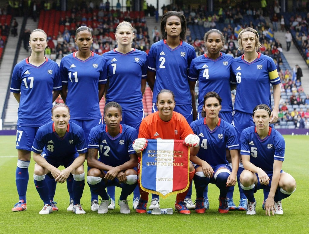 JO2012-equipe-de-france-feminine-maillot-adidas