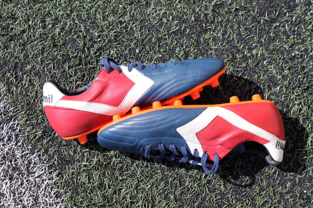 http://www.footpack.fr/wp-content/uploads/2016/07/chaussures-football-Milémil-Allure-15-1050x700.jpg