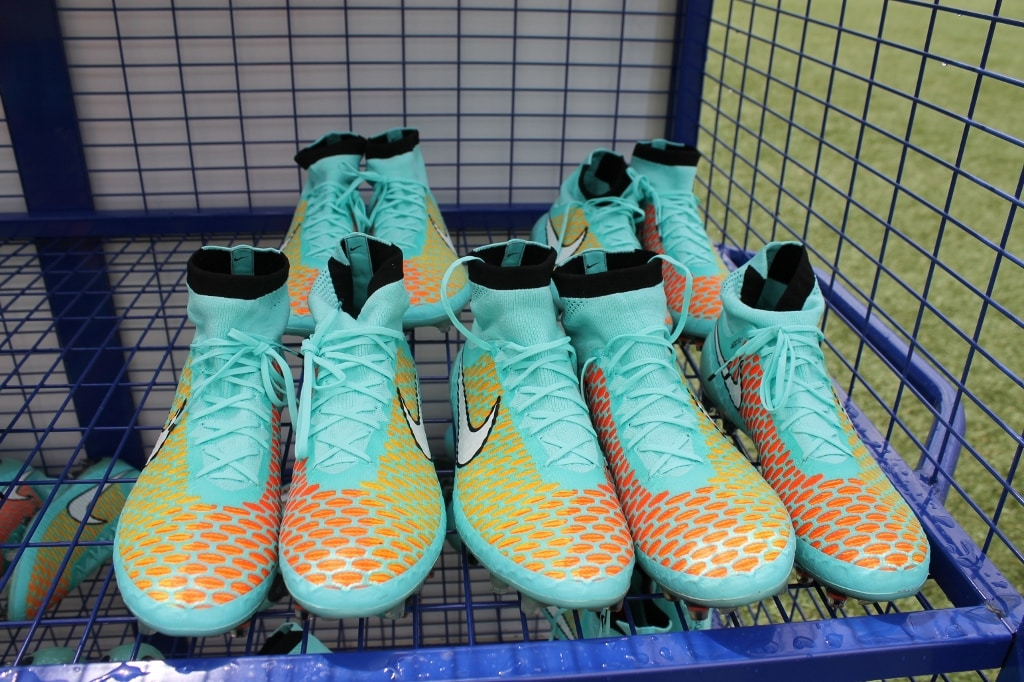 http://www.footpack.fr/wp-content/uploads/2016/07/chaussures-football-Nike-Magista-Hyper-Turquoise-2014-1-1024x682.jpg