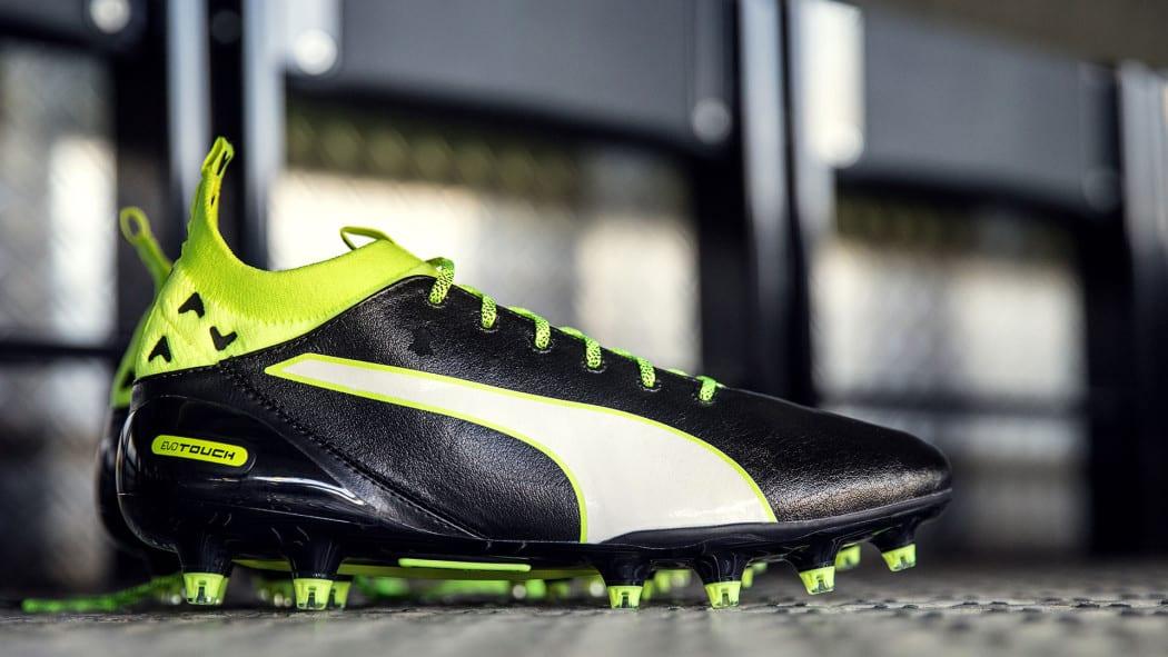 http://www.footpack.fr/wp-content/uploads/2016/07/chaussures-football-Puma-evoTOUCH-1-1050x591.jpg