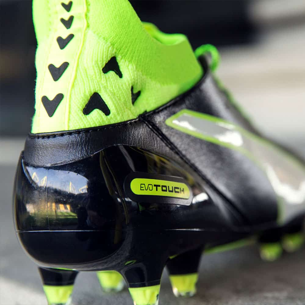 chaussures-football-Puma-evoTOUCH-2