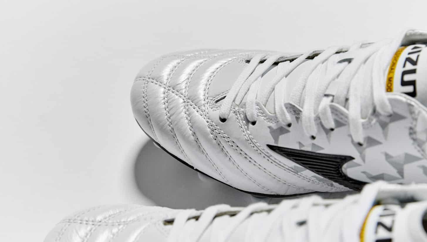 chaussures-football-mizuno-morelia-neo-origami-pearl-3