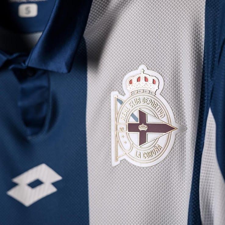 maillot-domicile-deportivo-la-corogne-2016-2017-logo