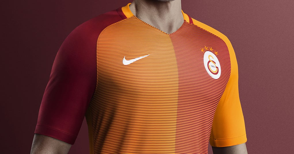 http://www.footpack.fr/wp-content/uploads/2016/07/maillot-domicile-galatasaray-2016-2017.jpg