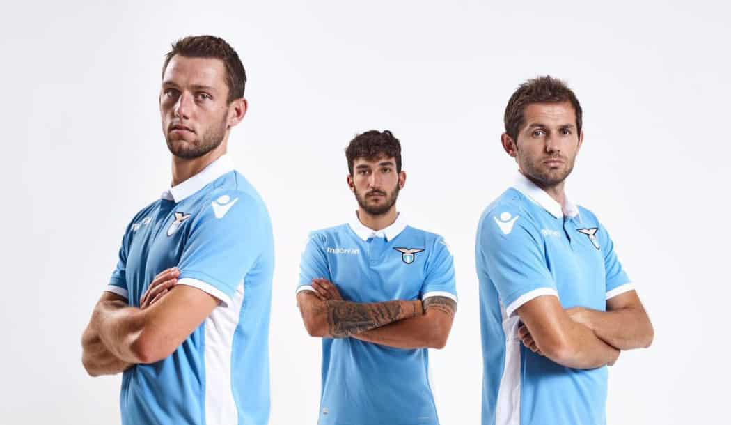 http://www.footpack.fr/wp-content/uploads/2016/07/maillot-lazio-macron-6-1050x610.jpg