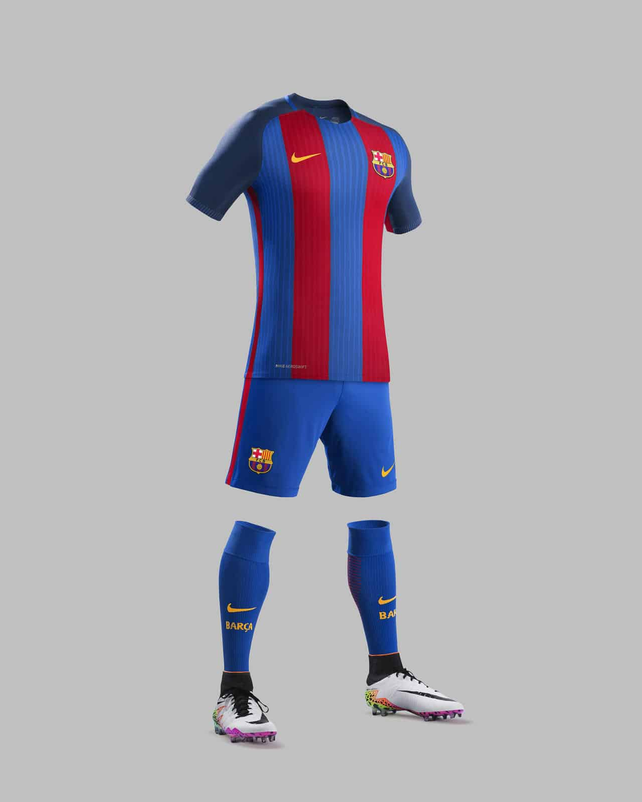 Le fc barcelone d voile ses maillots 2016 2017 sign s nike for Maillot barca exterieur