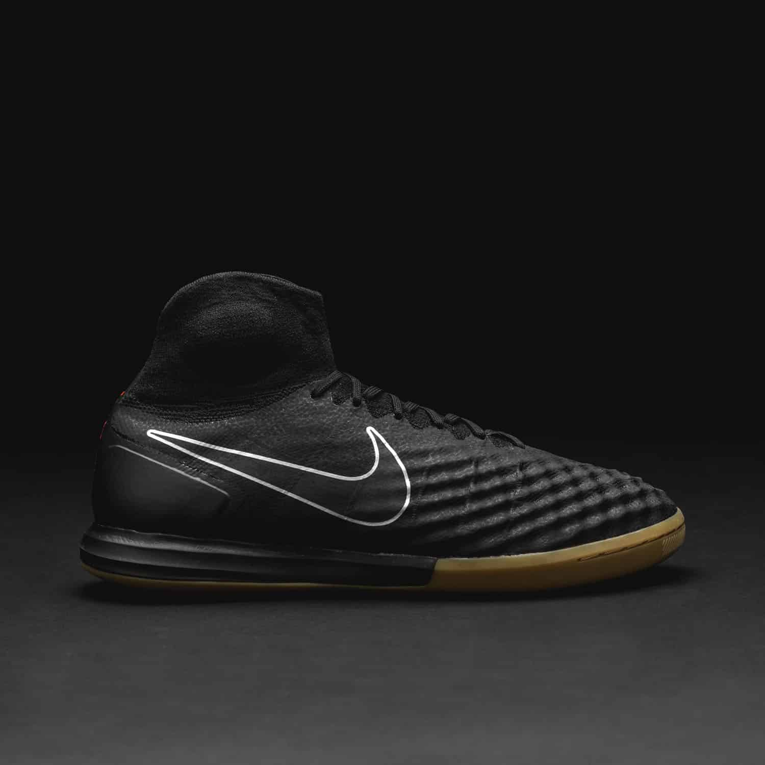 chaussures-football-Nike-MagistaX-II-Proximo-Pitch-Dark-2