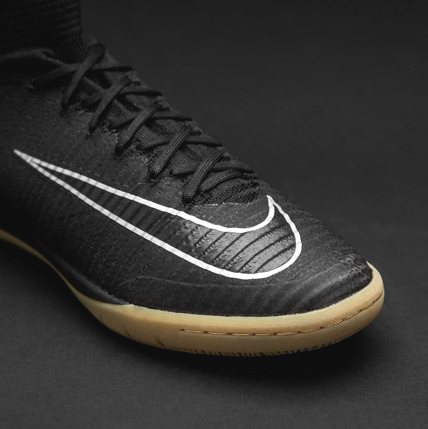 chaussures-football-Nike-MercurialX-II-Proximo-Pitch-Dark-3