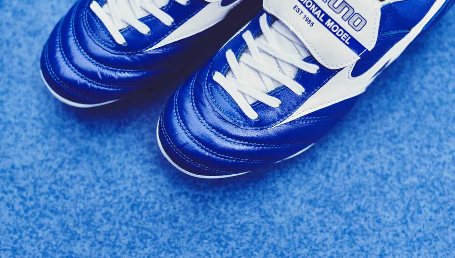 chaussures-football-mizuno-morelia-II-md-bleu-blanc-3
