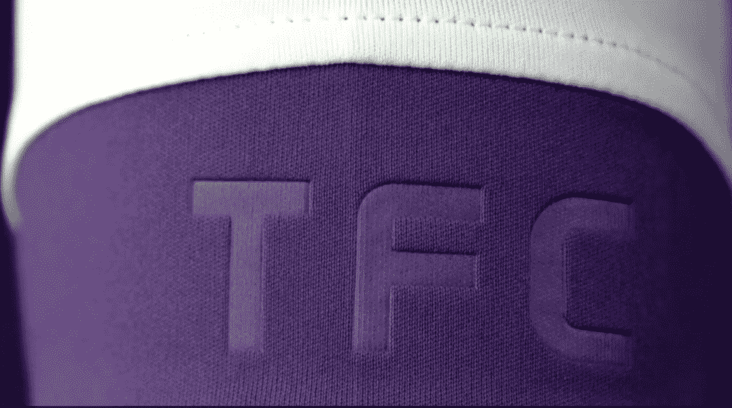 http://www.footpack.fr/wp-content/uploads/2016/08/maillot-football-toulouse-fc-2016-2017-ligue-1-1050x586.png