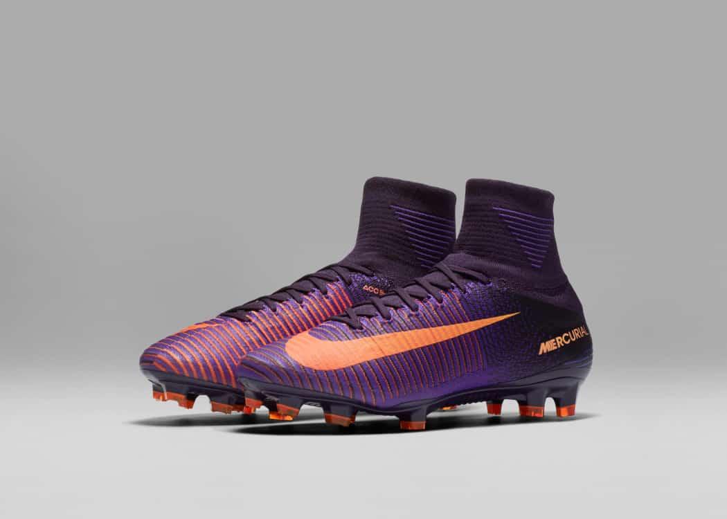 http://www.footpack.fr/wp-content/uploads/2016/09/chaussure-football-nike-mercurial-pack-floodlights-2016-4-1050x750.jpg