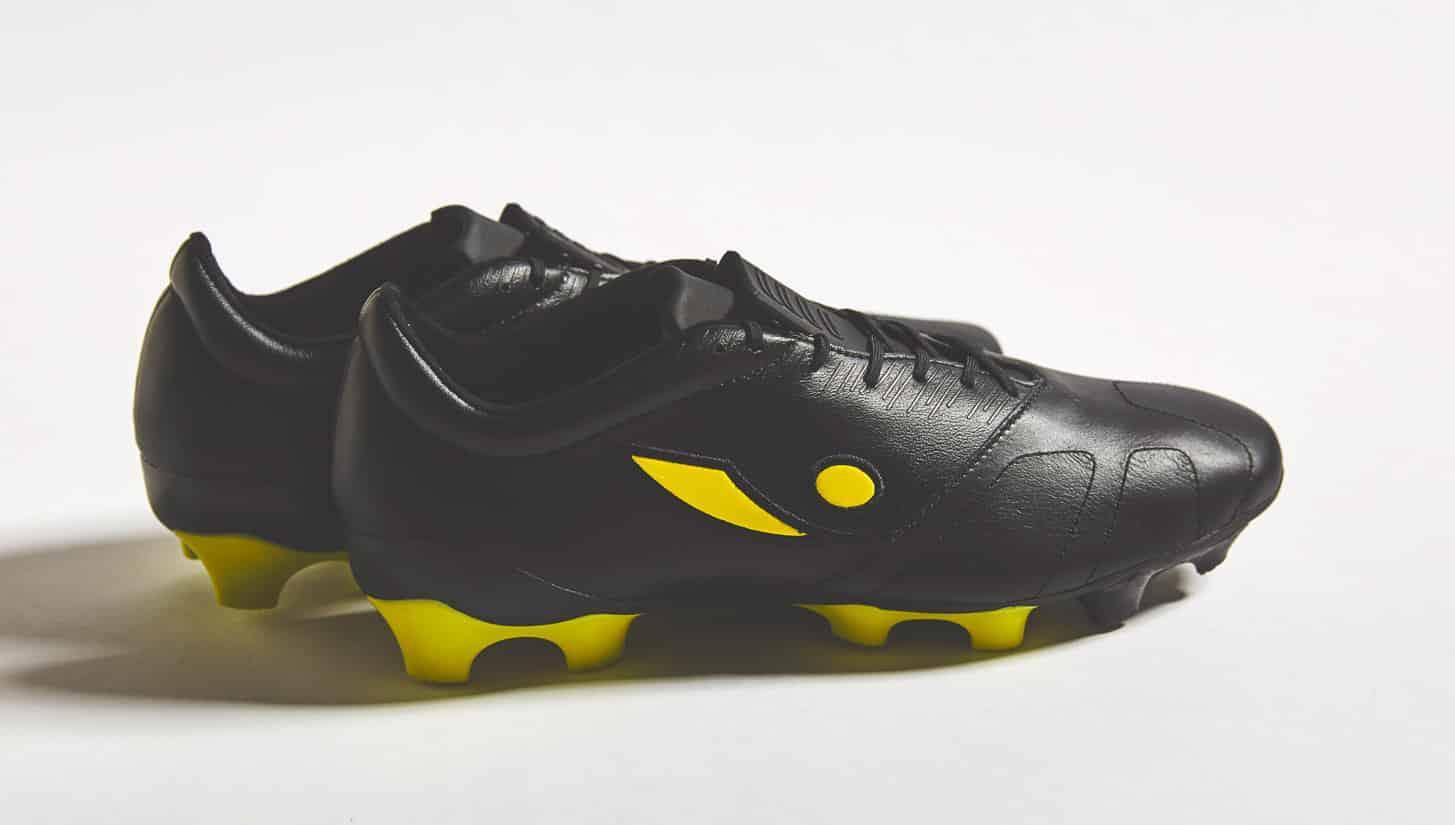 chaussures-football-Concave-Quantum-jaune-noir-img1