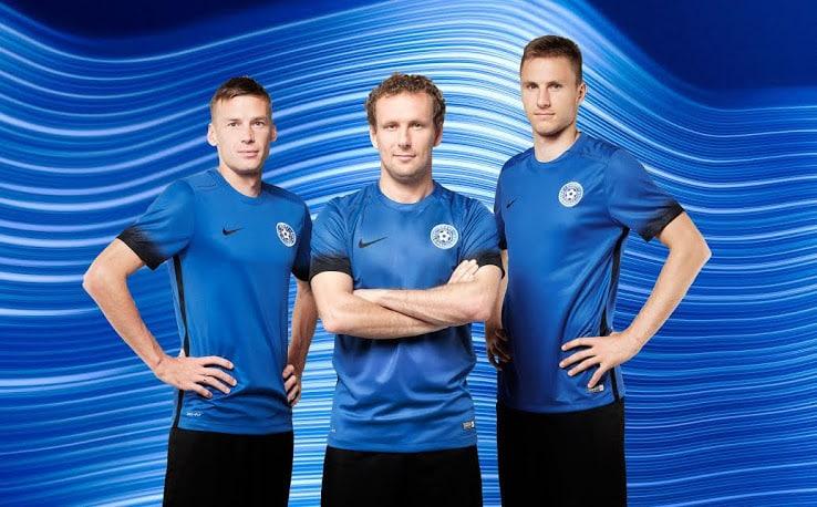 maillot-estonie-domicile-eliminatoires-coupe-du-monde-2018-nike