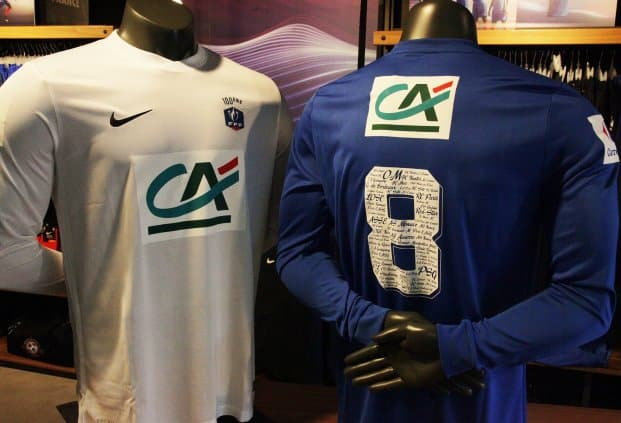 http://www.footpack.fr/wp-content/uploads/2016/09/maillot-foot-coupe-de-france-centenaire-saison-2016-2017.jpg