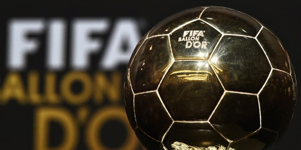 http://www.footpack.fr/wp-content/uploads/2016/10/FIFA-ballon-or-2016-équipementiers-1050x525.jpg