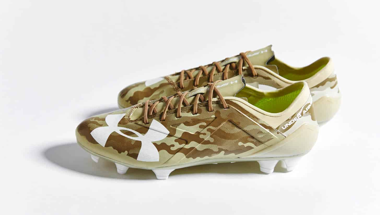 chaussures-football-under-armour-spotlight-camo-img1