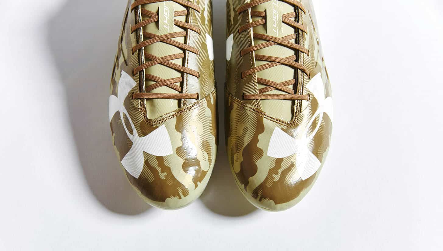 chaussures-football-under-armour-spotlight-camo-img6