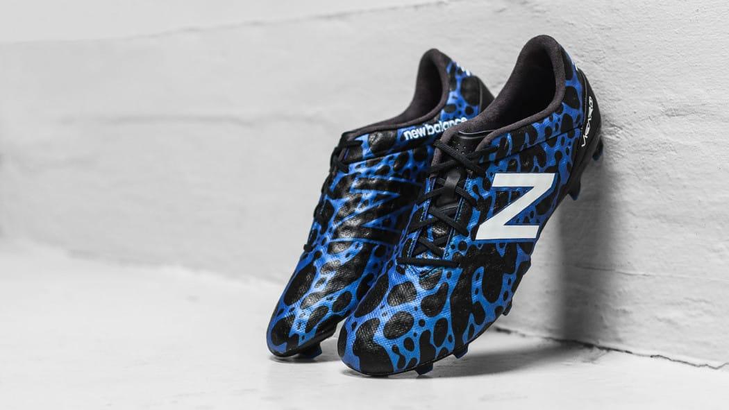 http://www.footpack.fr/wp-content/uploads/2016/10/chaussures-football-newbalance-visaro-signal-edition-img1-1050x591.jpg