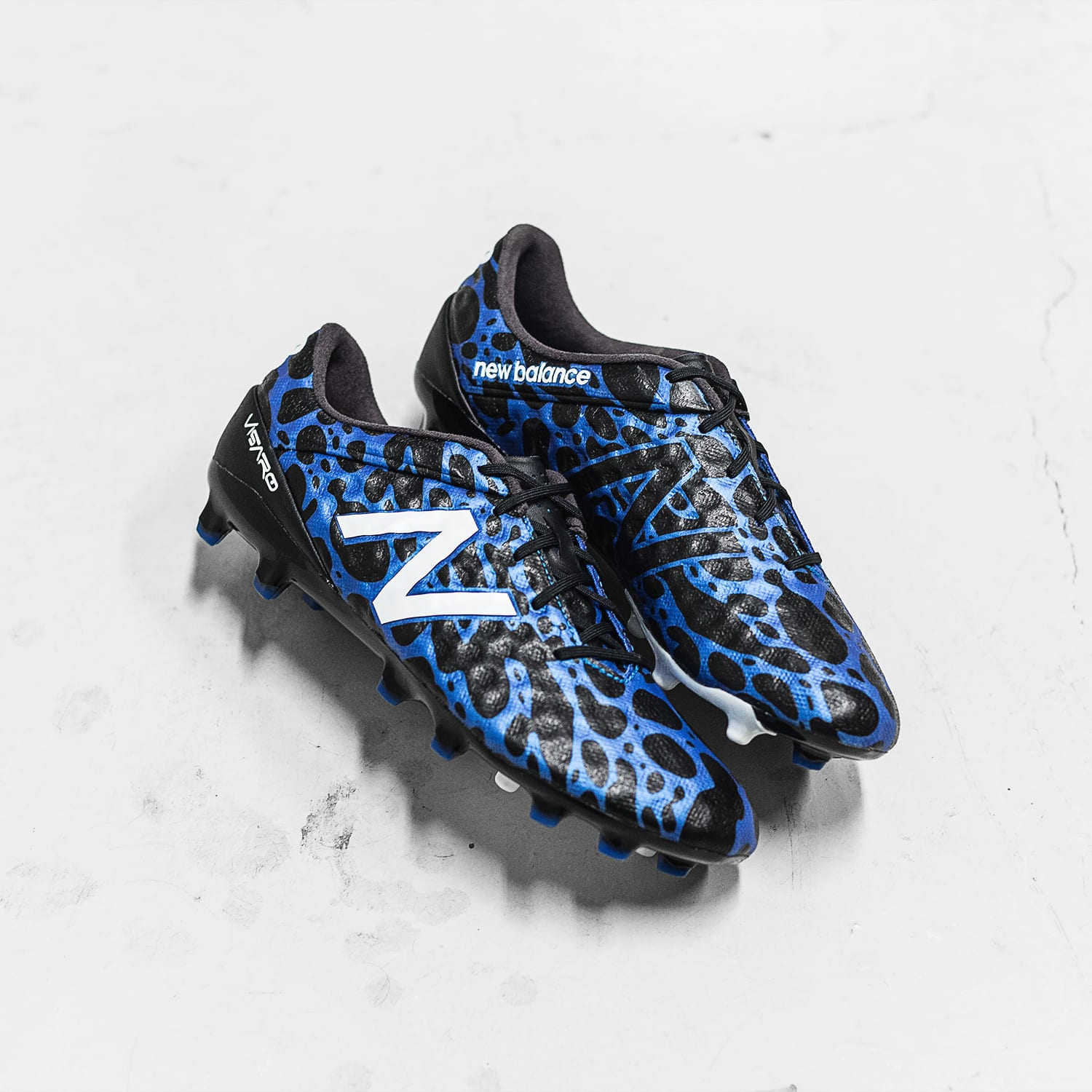 chaussures-football-newbalance-visaro-signal-edition-img2