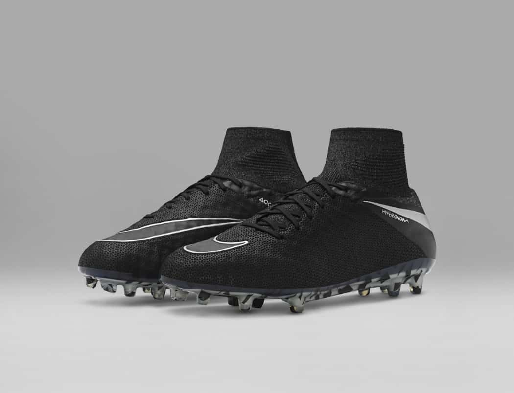 http://www.footpack.fr/wp-content/uploads/2016/11/chaussures-football-Nike-Hypervenom-Phantom-2-Tech-Craft-img1-1050x804.jpg