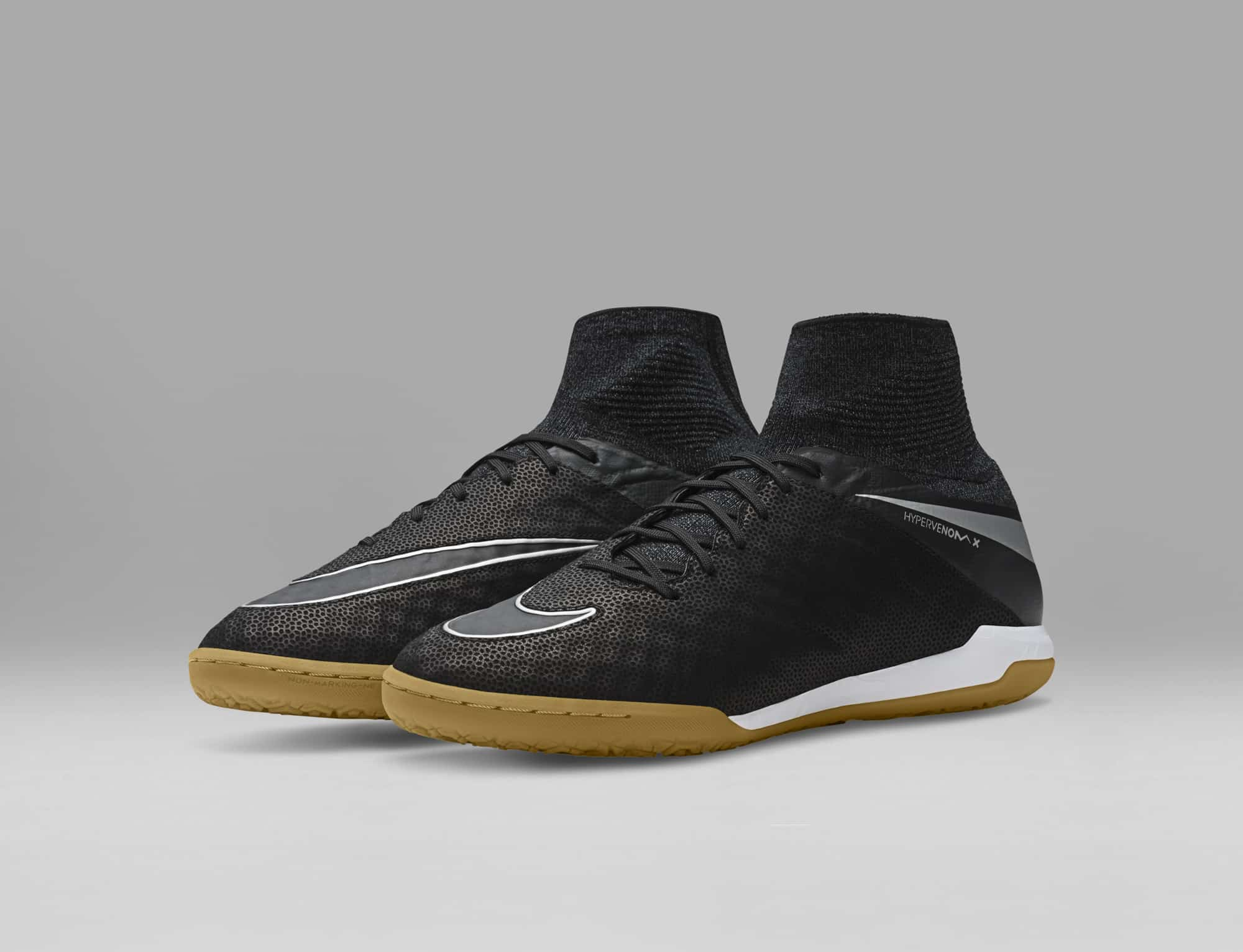 chaussures-football-nike-hypervenomx-proximo-tech-craft-img1