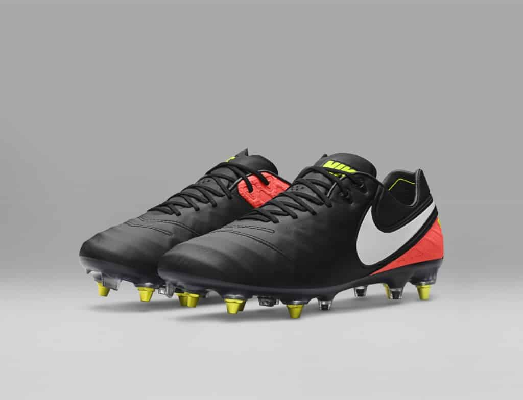 chaussures-football-nike-tiempo-legend-5-dark-lightning-anti-clog-img1-1024x784
