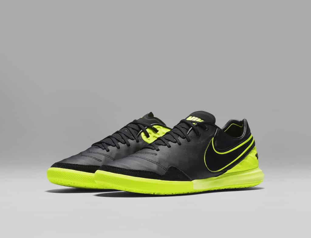 chaussures-football-nike-tiempox-dark-lightning-img3-1024x784