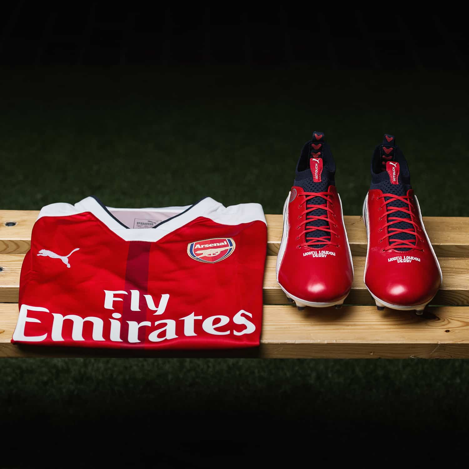 chaussures-football-puma-evotouch-cazorla-london-derby-img1