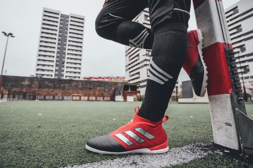http://www.footpack.fr/wp-content/uploads/2016/11/chaussures-football-adidas-ACE17-cage-novembre-2016-1050x700.jpg