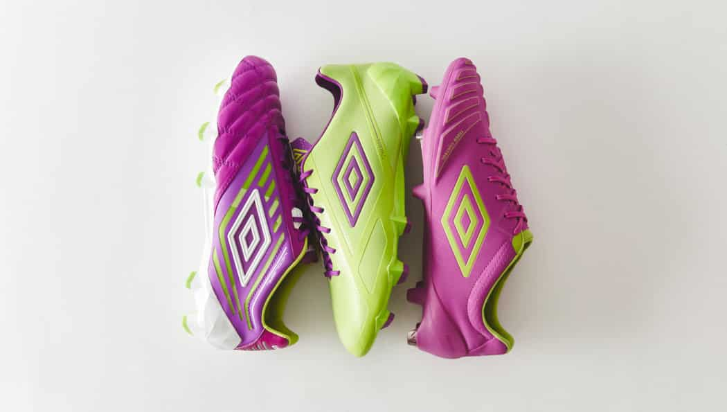 http://www.footpack.fr/wp-content/uploads/2016/11/chaussures-football-umbro-coloris-violet-vert-citron-img2-1050x595.jpg