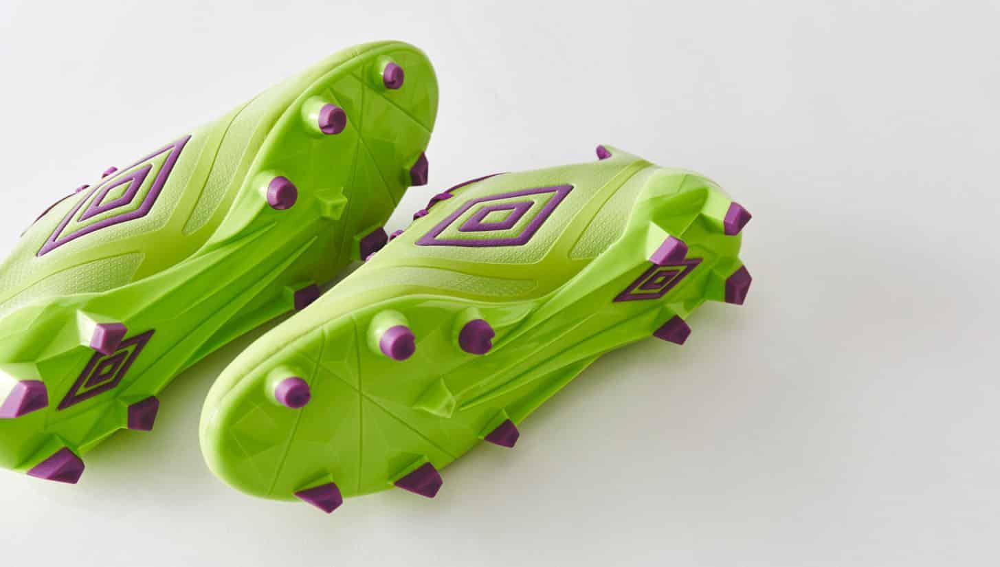 chaussures-football-umbro-velocita-violet-vert-citron-img1