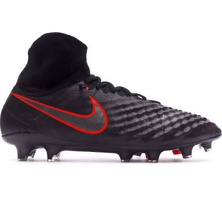 magista-2-pitch-dark