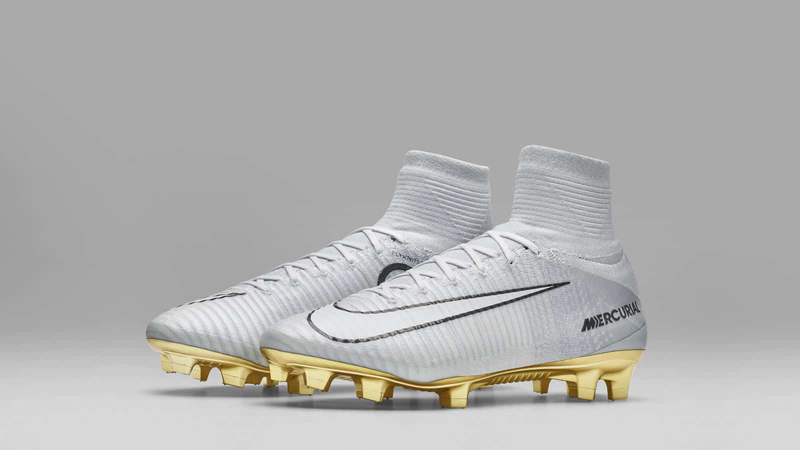 chaussure-foot-nike-mercurial-superfly-cr7-ballon-or-2016-4