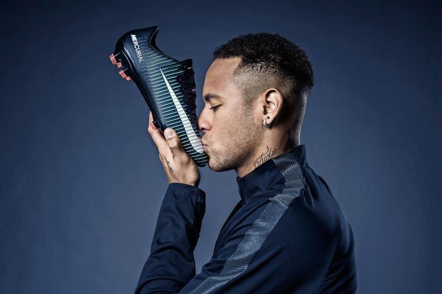 chaussure-football-nike-mercurial-vapor-xi-neymar-decembre-2016