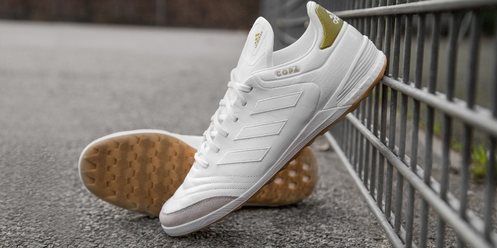 chaussures-football-adidas-copa17-crowning-glory-cage-img2