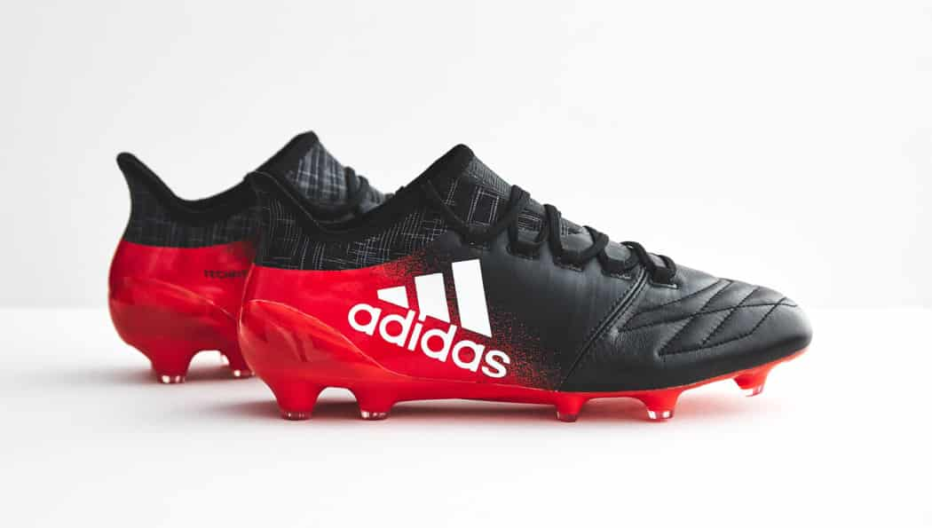 http://www.footpack.fr/wp-content/uploads/2016/12/chaussures-football-adidas-x-16-1-red-limit-cuir-img2-1050x595.jpeg