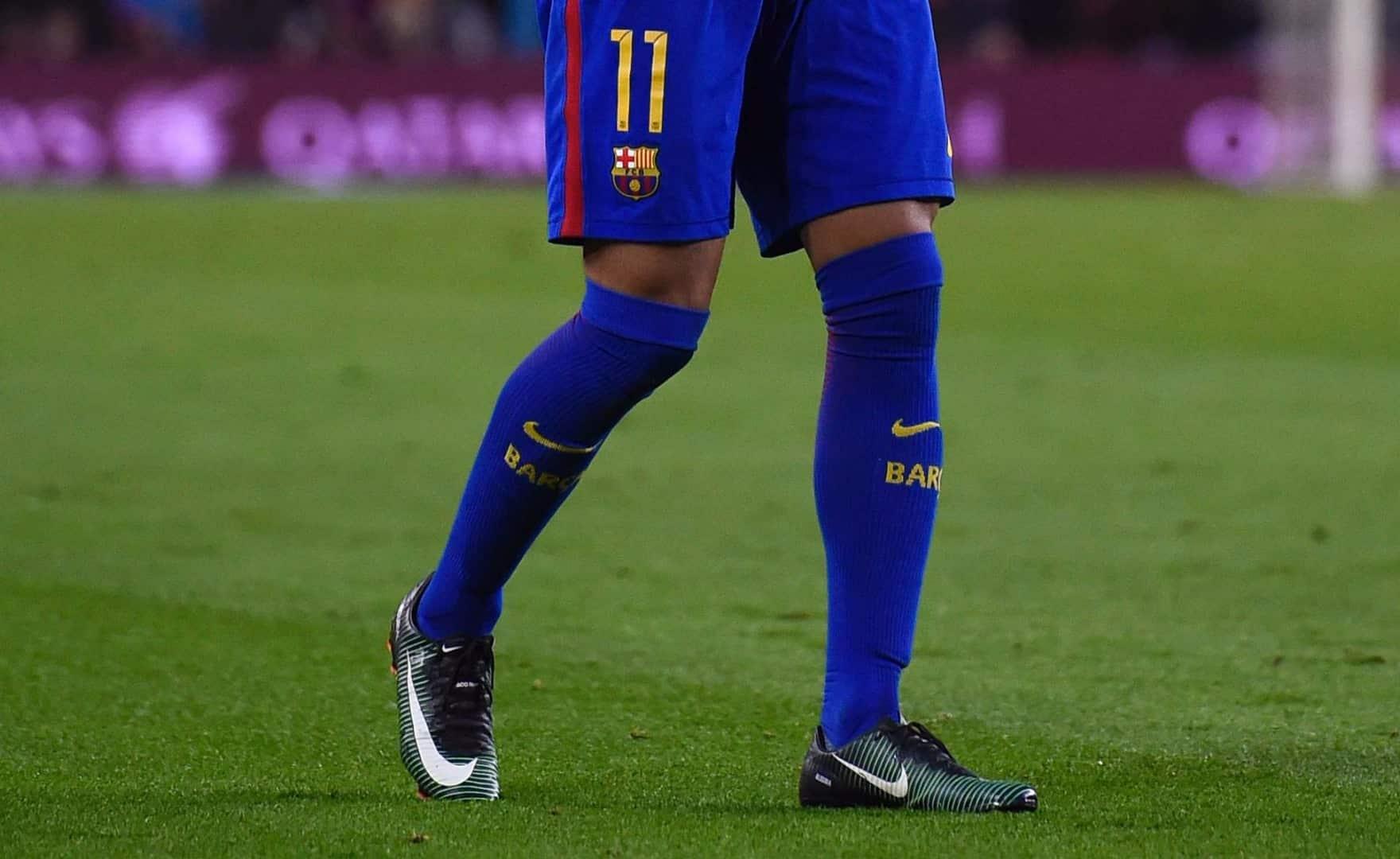 neymar-mercurial-vapor-x-dark-lightning-img1