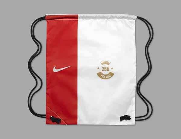 Nike Hypervenom WR250 Wayne Rooney Record 4