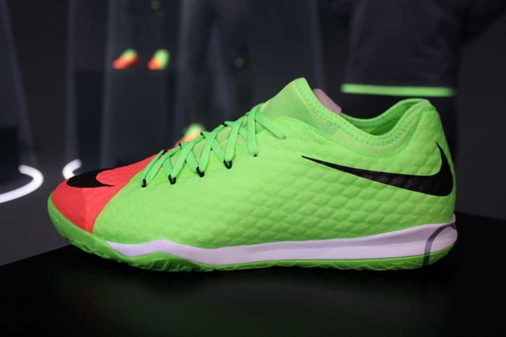 chaussure-football-Nike-HypervenomX-Finale-II