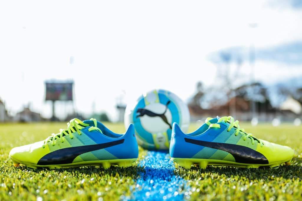 chaussure-football-puma-evoPOWER-1-2-footpack-janvier-2016-2